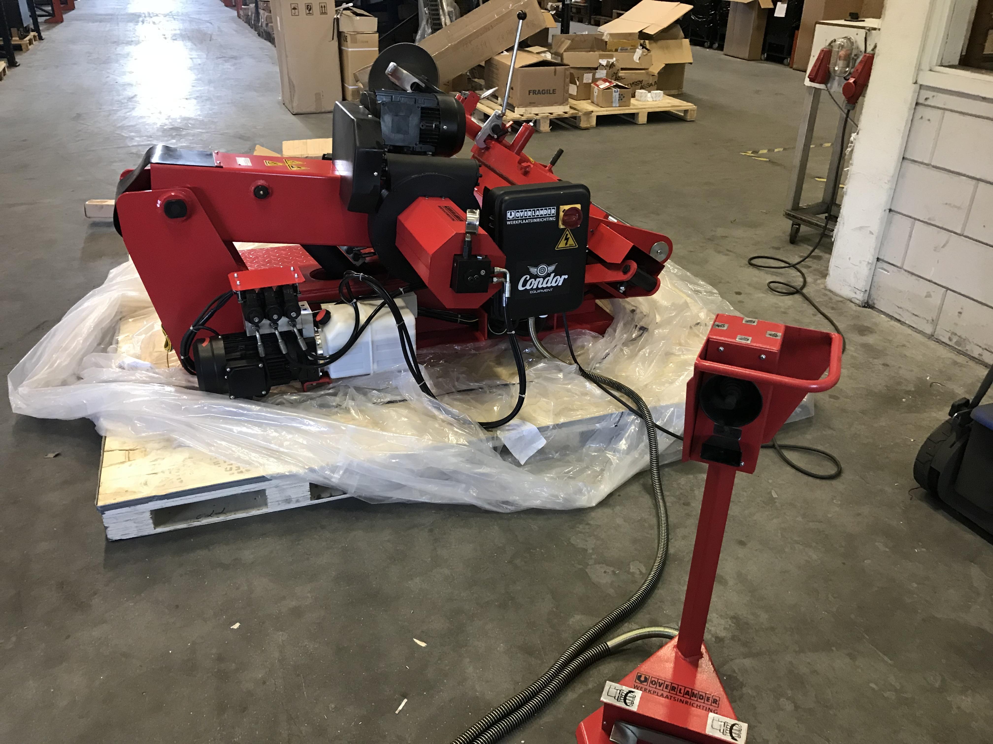 Garage Inrichting Gebruikt : Uitverkoop gebruikte apparatuur en gereedschap overlander